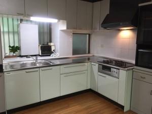 施工後のキッチン タカラスタンダード「エーデル」