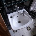 トイレ手洗器取替